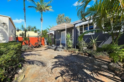 holiday rentals coolum