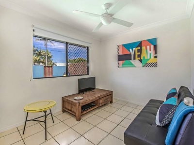 pet_friendly_coolum_beach