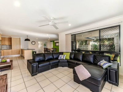 coolum_beach_holiday_house