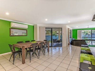 pet_friendly_holiday_rentals_coolum